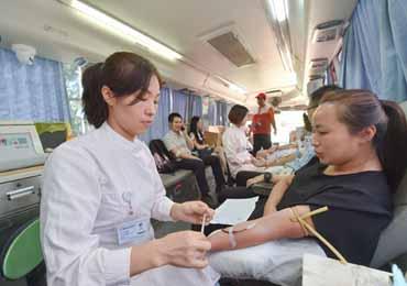 故意用献血查艾滋可能传染他人