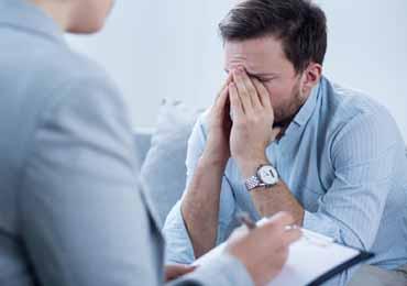 如何走出恐艾的心理困境呢