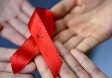 艾滋病真实能活多久寿命 能活50年吗
