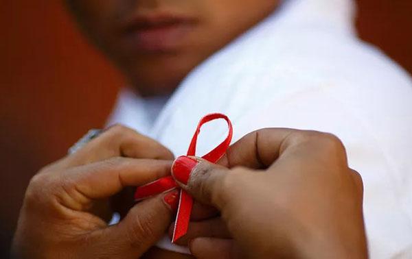男人艾滋病.jpeg